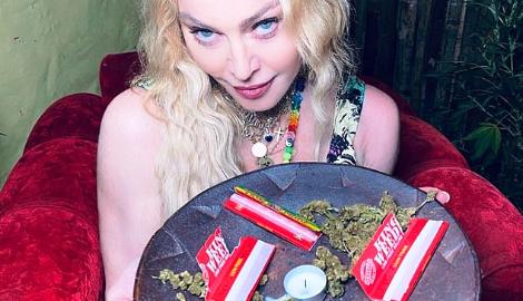 Мадонна отметила свой ДР с марихуаной и регги