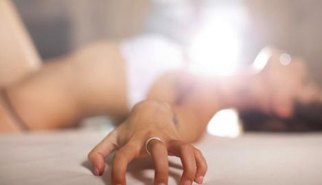 Секс и каннабис: как лучше выпустить пар?