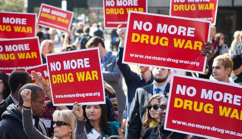 Ужесточение наркополитики делает наркотики более дешевыми, доступными и смертельными
