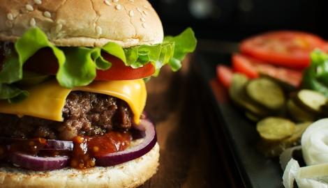 Работник Burger King продавал марихуану, вкладывая ее в заказ