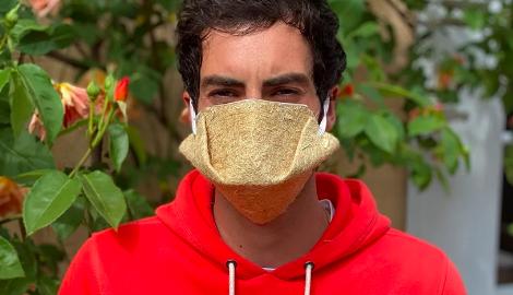 Французы выпустили маски из конопли