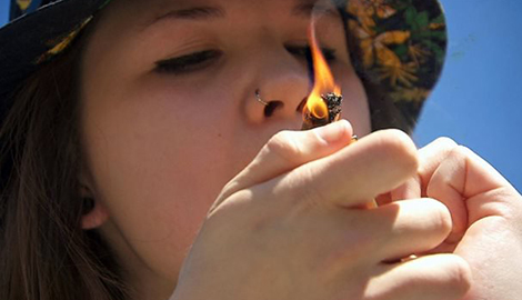 Употребление каннабиса вызывает депрессию у подростков