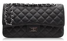 Американская компания представила скрывающие запах конопли сумочки