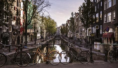 Покосившийся Амстердам