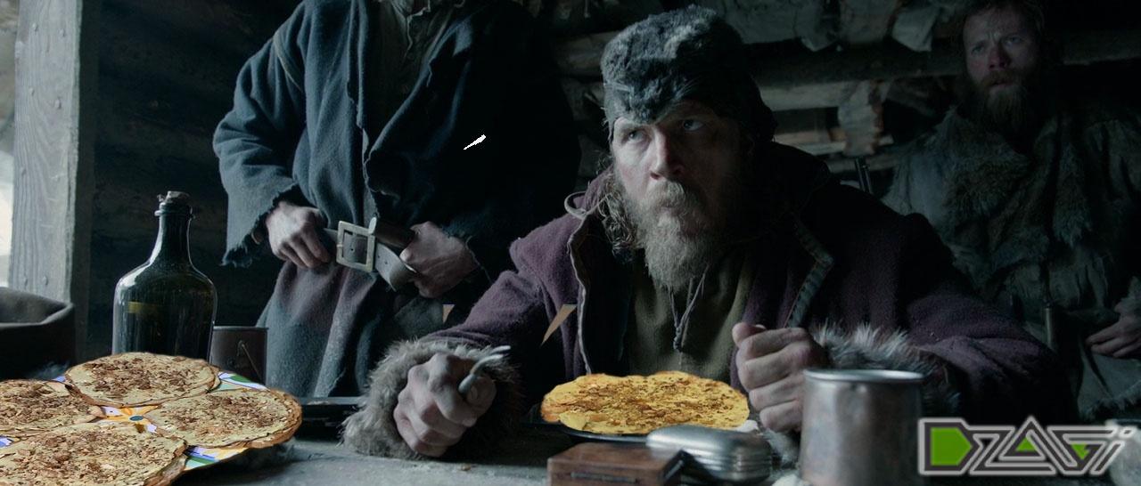 том кушает тортик.jpg